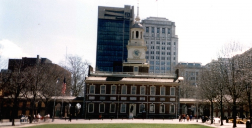 1996_4_IndependenceHall Close Up